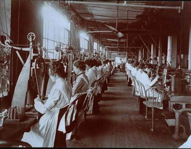 G614_women_sewing_factory_enlarged_P.DPC.014756_01